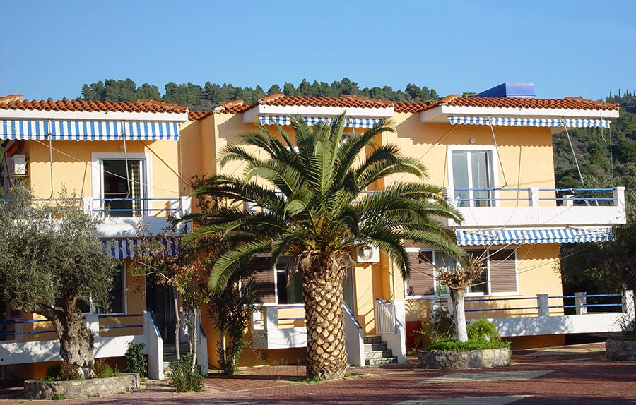 Livaditis Beach Apartments - Limni Evia Greece