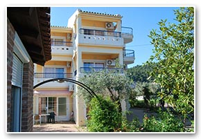 Livaditis Beach Apartments - Limni Evia